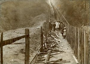 Fence_removal_1902