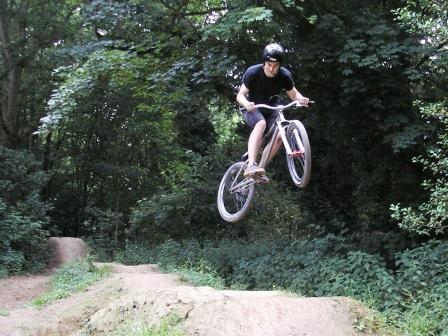 Marcus jumps