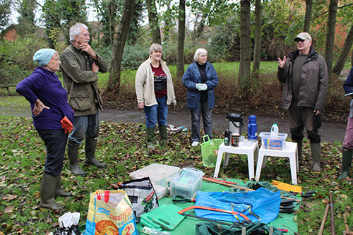Some of the Green Gym and TMAEG volunteers, David Barratt to the right